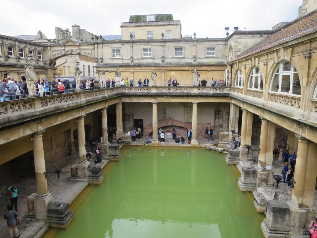 The roman baths bath england kmb travel blog for Spa baths